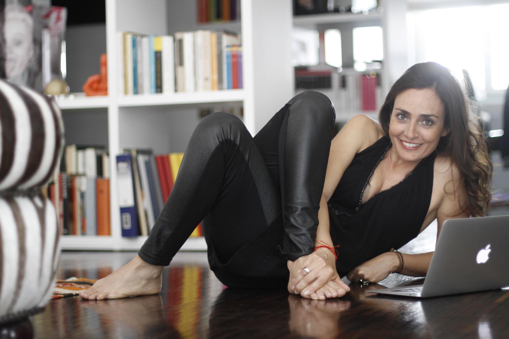 Rossella Canevari: Scrittrice, Giornalista, Tech Enthusiast, Livestreaming